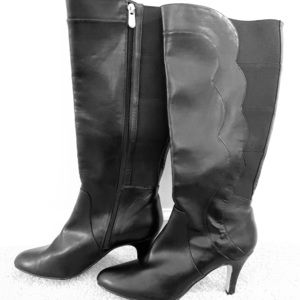 Size 10 Adrienne Vittadini women's boots